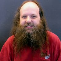 Linux гуруто Алън Кокс напуска Intel