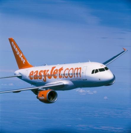 Авиокомпания easyJet навършва 15 години